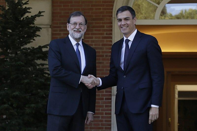 File:Mariano Rajoy recibe a Pedro Sánchez (15-05-2018).jpg