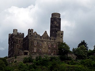 Maus Castle - Image: Maus castle from the rhine