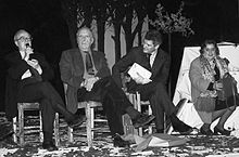 Alda Merini con Vanni Scheiwiller, Enrico Baj e Alain Elkann.