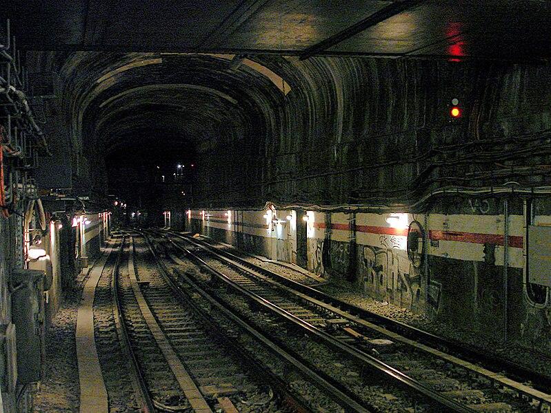 Métro - Souterrain - Paris - SchoolMouv - Géographie - CM2