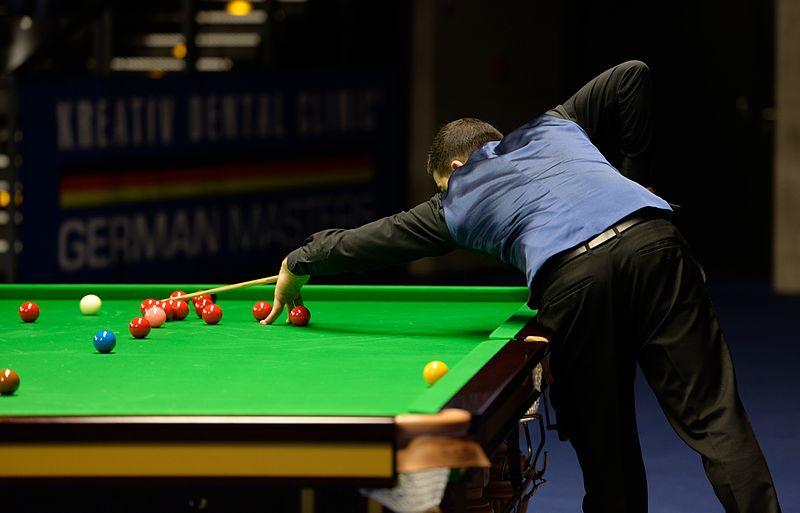 File:Michael Georgiou at Snooker German Masters (DerHexer) 2015-02-05 02.jpg