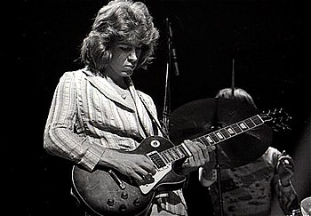 English: Mick Taylor with the Rolling Stones