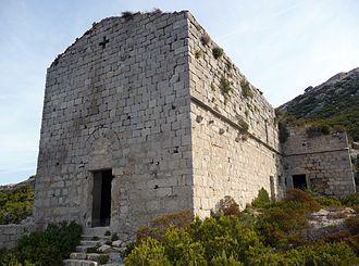 Montecristo - Ruins of the Monastery of San Mamiliano