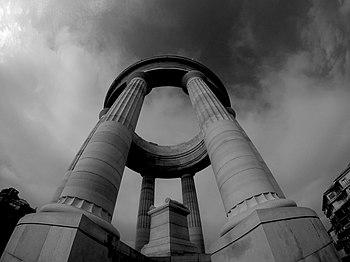 Monumento ai Caduti (Ancona).jpg