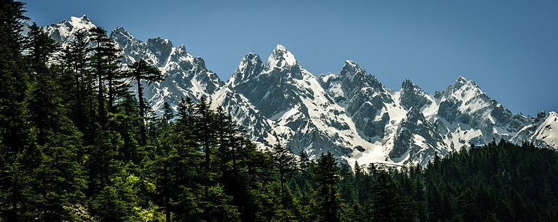 Mountains in Swat Vally Pakistan.jpg