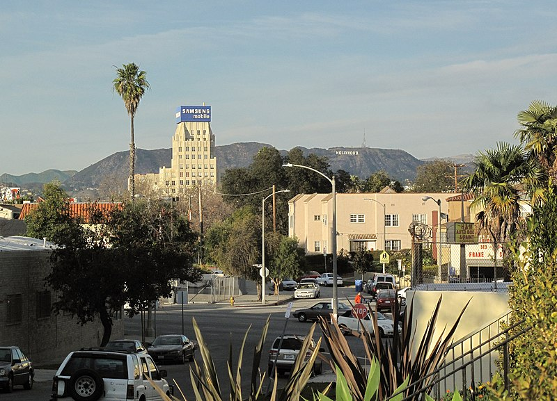 File:Mutual of Omaha building and Hollywood sign.jpg