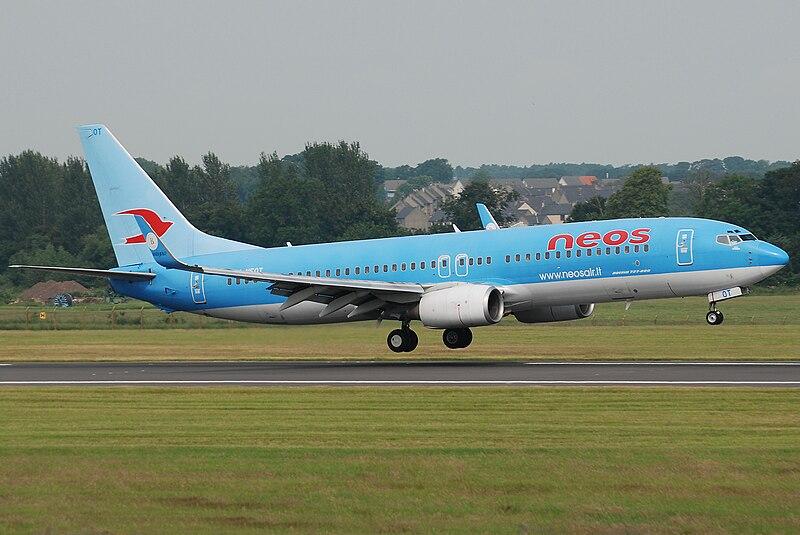 File:Neos Boeing 737-800 I-NEOT.jpg