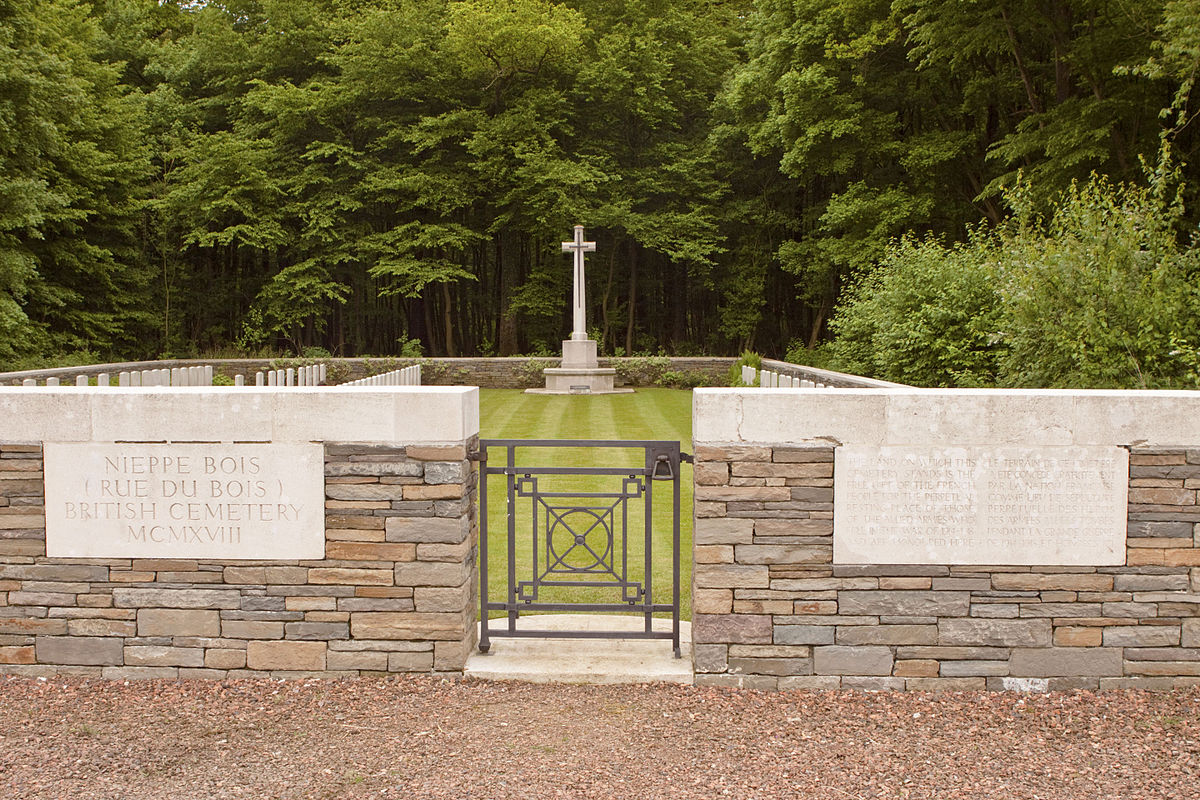 Nieppe Bois (Rue du Bois) British Cemetery Wikipedia # Rue Du Bois Sabot Dreux
