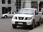 Nissan Navara SE 2012 (11360367504) .jpg