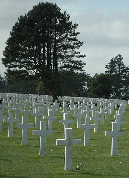 File:Normandy American Cemetery 9830a.jpg