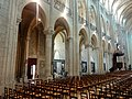 Noyon (60), cathédrale Notre-Dame, nef, grandes arcade du nord, vue diagonale vers le nord-est 2.jpg