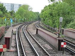 OIC Hounslow East tracks looking W.jpg