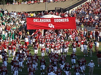 2007 Oklahoma Sooners football team - The Sooners run onto the field for the first game of the season against North Texas.