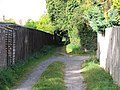 Old Bath Road to Mead Road footpath - geograph.org.uk - 1122974.jpg