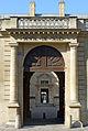 P1190745 Paris IV rue St-Antoine hotel de Sully portail wk.jpg