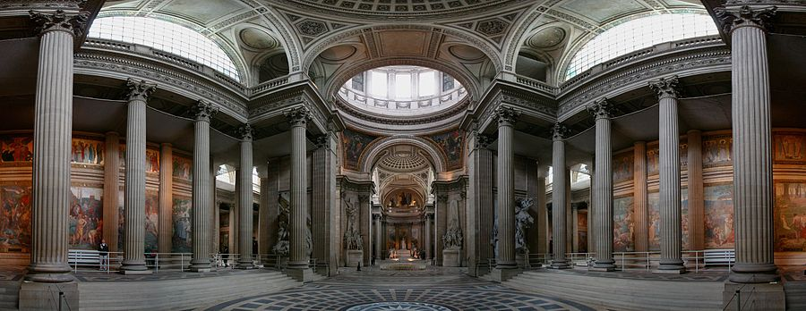 Panthéon'un iç kısmının panoramik manzarası