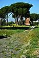 Parco archeologico delle tombe di via Latina 2.jpg