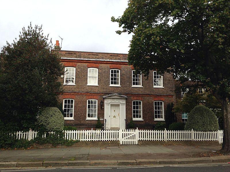File:Park House, Hendon Lane 1.jpg