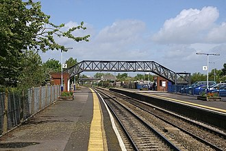 Patchway railway station - View north from the southern end of the station