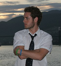 Paulo Costanzo photo.jpg