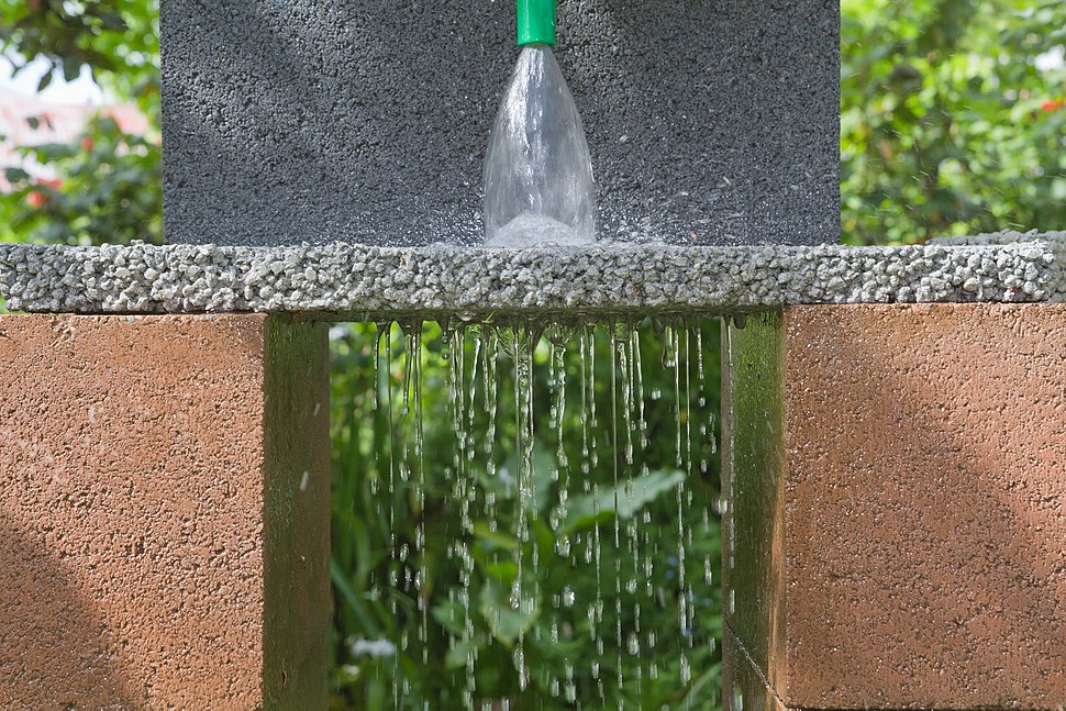 цемент пропускает воду