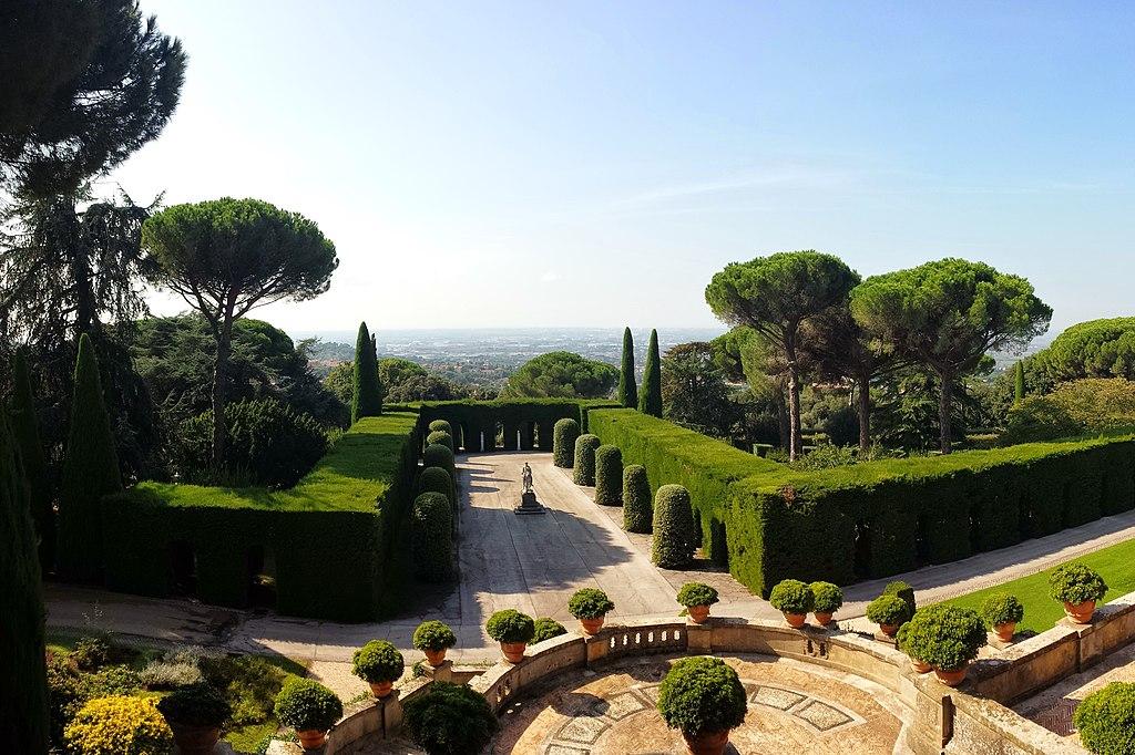 Vue depuis la résidence des papes à Castel Gandolfo près de Rome - Photo de Gugganij