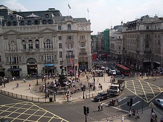 A4 road (England) - Piccadilly Circus