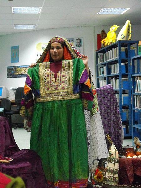 צילה זן-בר - מספרת סיפורי פולקלור - ושימלת הכלה הי