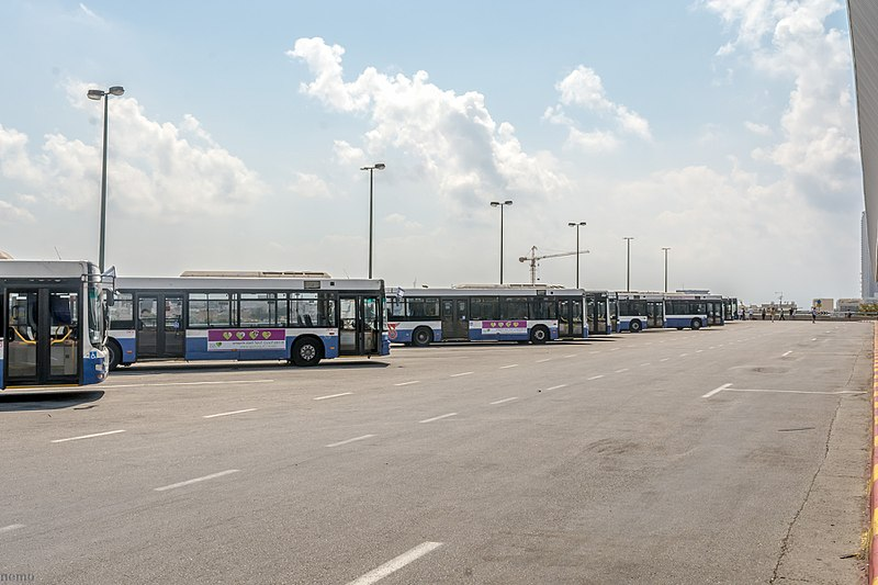 אוטבוסים בתחנה המרכזית