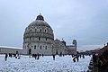 Pisa, 2018, neve in Piazza dei Miracoli 2.jpg