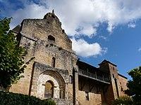 Plazac église et château.jpg