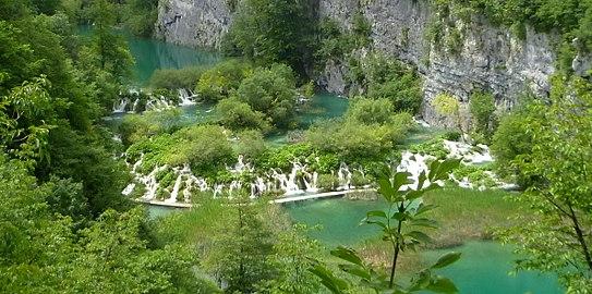 Plitvička jezera (2).jpg