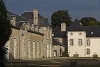 Plouisy - Château de Kernabat 03.jpg