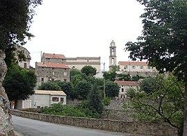 Poggio-di-Nazza, vidita de la vojo ĝis la vilaĝeto de Abbazia