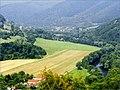 Pohľad z úpätia Humenca smerom na Malú Lodinu - panoramio.jpg