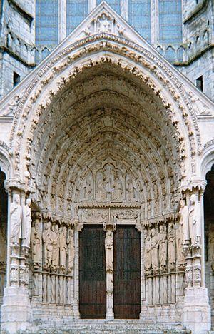 Portal (architecture) - Image: Porche Central Nord Cathedrale Chartre 041130
