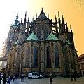 Prag - Veits-Kathedrale auf dem Hradschin - von Osten - Víta na Pražském hradě - od východu - panoramio.jpg