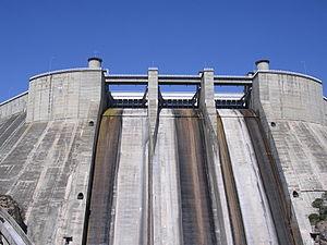 El Grado - Dam of El Grado reservoir