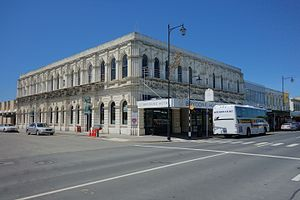 William John Dyer - Dyer died at his son-in-law's Queen's Hotel in Oamaru