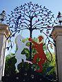Queen Elizabeth Gate. Hyde Park (3581095572).jpg