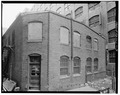 REAR OF BUILDING, FROM SOUTH - Lynn Realty Company, Building No. 8, 274 Broad Street, Lynn, Essex County, MA HABS MASS,5-LYN,1B-3.tif