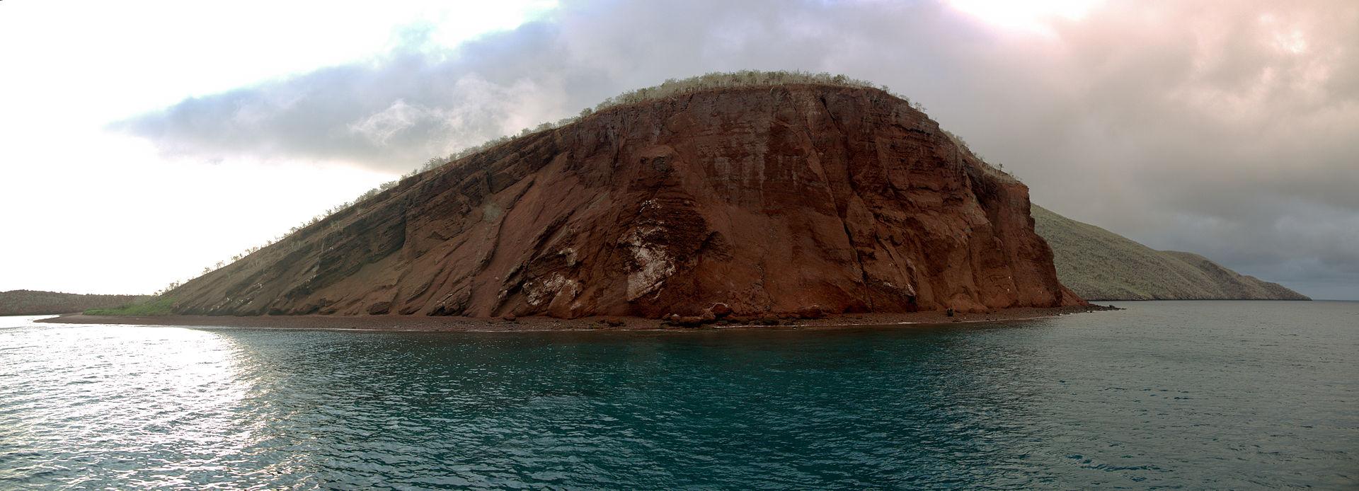 Rabida Island - panorama.jpg