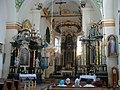 Radzięcin, wnętrze kościoła.jpg