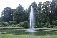 Renishaw Hall Garden.jpg