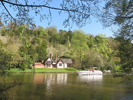 River Thames at Cliveden (geograph 4464305)