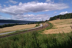 Roa–Hønefoss Line - The line through Jevnaker along Randsfjorden