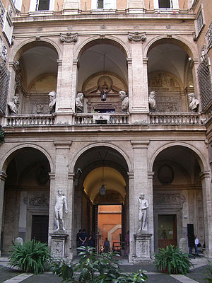 Palazzo Mattei - The courtyard of the Palazzo Mattei di Giove.