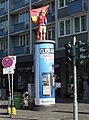Säulenheilige Vater und Sohn als DEG-Fans, September 2018 (2).jpg