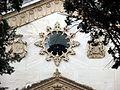 SSI- Panteón con escudos (23835948795).jpg