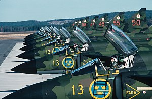 Structure of the Swedish Armed Forces in 1989 - JA 37 Viggen fighters of the 132nd Fighter Squadron of the Bråvalla Wing in 1981